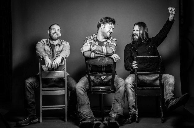 Devon Coyote Trio