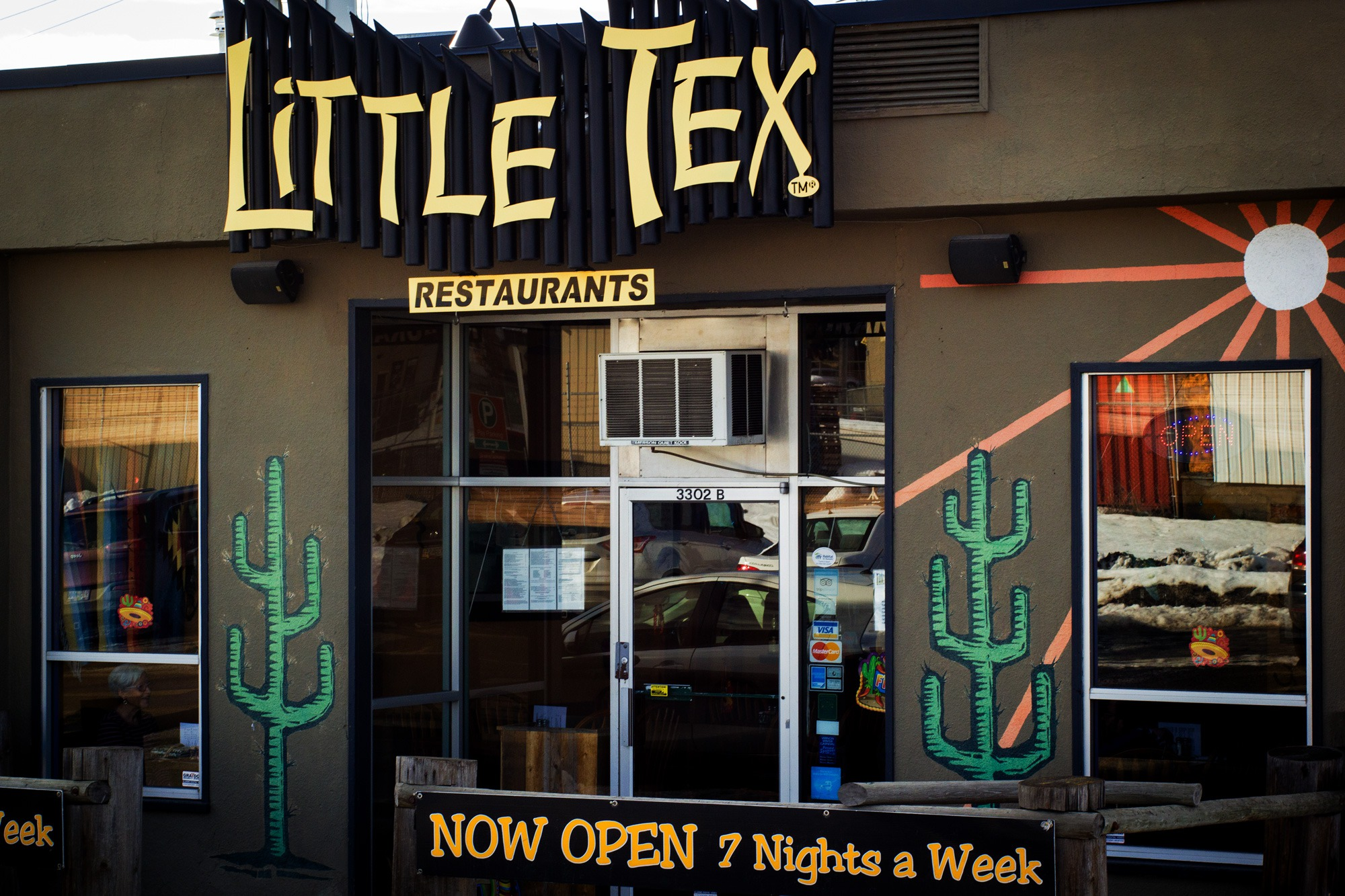 Little-Tex-24-storefront-sm.jpg