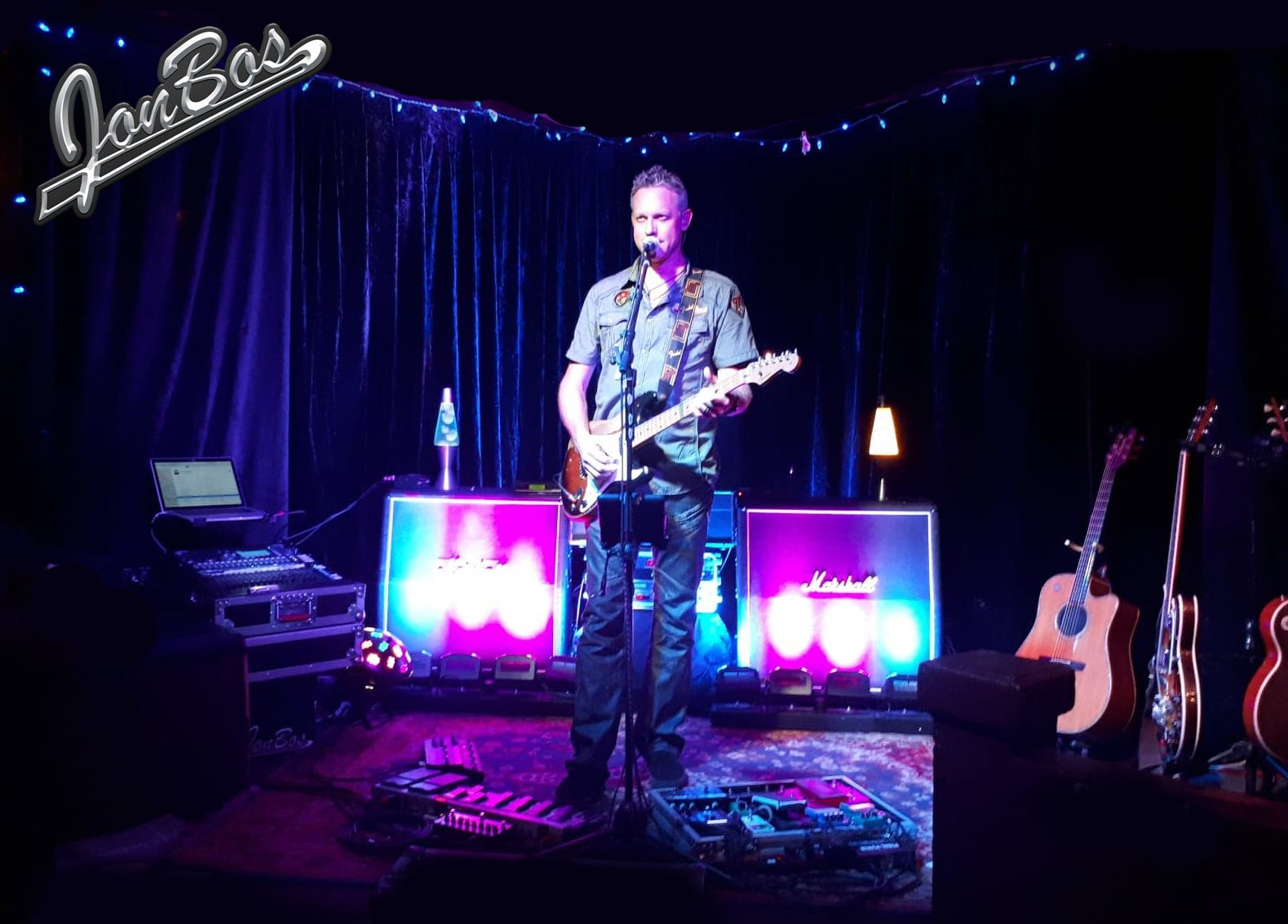 Jon Bos - Sam's Solo Show